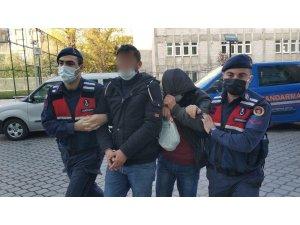 Jandarmadan iki ayrı uyuşturucu operasyonu: 2 gözaltı