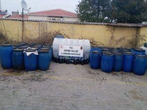 Edirne'de 5 bin 650 litre sahte içki ele geçirildi