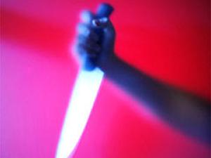 Kendini bıçakladı gasba uğradım dedi!