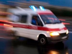 Otomobil ile ambulans çarpıştı: 4 yaralı