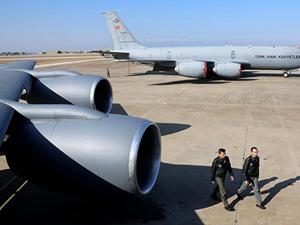 Türkiye'den Ukrayna için NATO'ya tanker uçak taahhüd