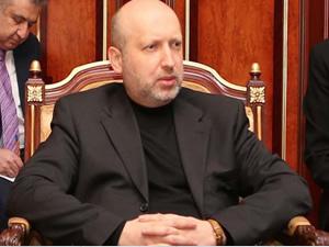 Turçinov: Hükümet daha güçlü bölgelerden yana