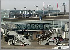 Atatürk Havalimanı'nda bomba paniği!