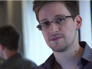Snowden: Tanıklık etmeye hazırım