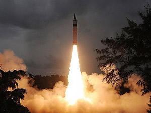 Rusya, balistik füze denemesi yaptı