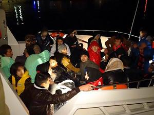 Çanakkale Ayvacık'ta, denizde 32 kaçak yakalandı