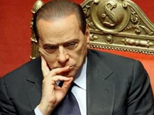 İtalya'da Berlusconi'ye sosyal hizmet cezası
