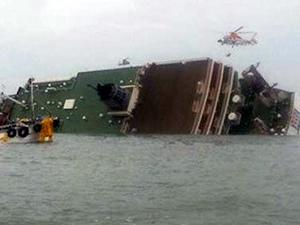 Güney Kore'de yolcu gemisi battı: 107 kişi kayıp