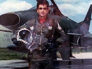 Şehit pilotun naaşını arama çalışmaları devam ediliyor