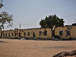 Nijerya'da kaçırılan öğrencilerden 10'u kaçarak kurtuldu