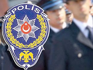 Hırsız zanlısı polise palayla saldırdı