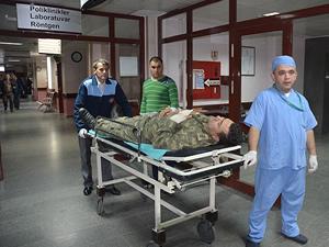 Gelibolu'da askeri birlikte patlama: 17 yaralı