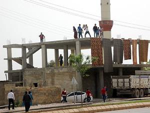 Şanlıurfa'da gecekondu yıkımında gerginlik yaşandı