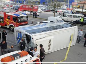 Ankara'da trafik kazası: 2 ölü ve yaralılar var