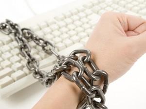 İnternet kullanıcıları bağımlı mı ?