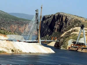 Nissibi köprüsünde sona yaklaşılıyor