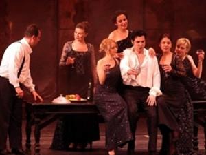 Mozart Ailesinin Eserleri Antalya Sahnesinde