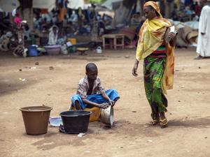 Bangui'de yaşayan 300 Müslüman nakledildi