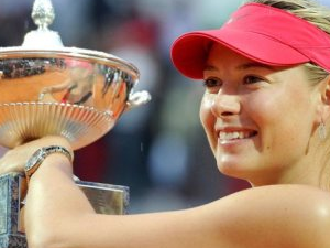 Sharapova şampiyonluğa ulaştı