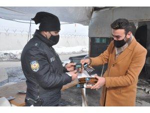 Yüksekovalı iş adamından güvenlik güçlerine kışlık maske