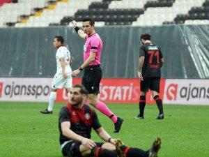 Süper Lig: Fatih Karagümrük: 0 - Trabzonspor: 0 (İlk yarı)