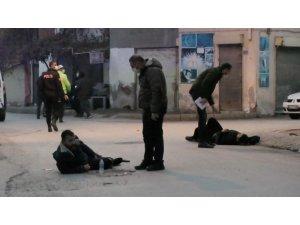 Konya'da sokak ortasında silahlı kavga: 3 yaralı
