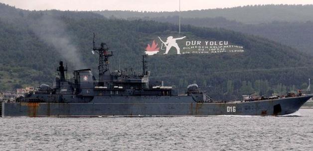 Çanakkale Boğazından Rus gemileri geçti