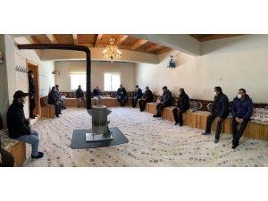 Vali Epcim, Taşocağı ve Kemertaş köylerinde vatandaşlarla bir araya geldi