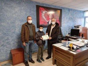 Simav'da öğrencilere tablet bilgisayar dağıtımı başladı
