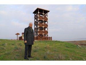 Başkan Bilgin, Marmara Gölünde kuş gözlemevini inceledi