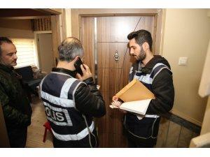 Kumar oynarken yakalanan 4 şahsa 4 bin 900 TL idari para cezası