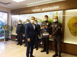 EYP yakalayan polis ve bekçiler ödüllendirildi