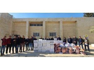 Büyükşehir Suriye'deki öğrencilere yardım malzemesi dağıttı