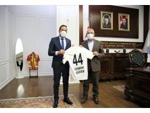 Başkan Güder'e Yeni Malatyaspor'dan anlamlı ziyaret