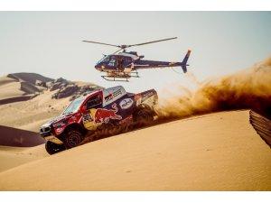 Dakar Rallisi'nde Stephane Peterhansel liderliği ele geçirdi