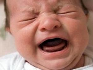 Adana'da 14 aylık bebeğe anne dayağı