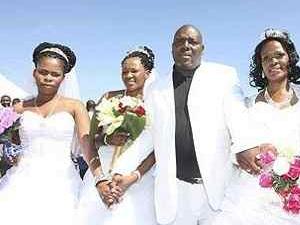 Erkeklerin birden fazla kadınla evlenme yasası onaylandı!