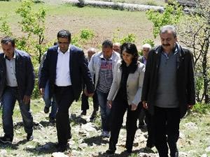 Kaçırılan askerler için  HDP bölgede