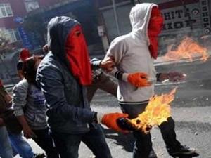 Okmeydanı'nında polis gösterici çatışması!