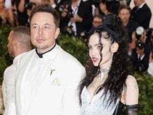 Elon Musk'ın sevgilisi Grimes koronavirüse yakalandı