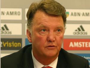 Manchester United'da yeni teknik direktör Van Gaal