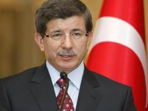 Davutoğlu'ndan özgür gazeteciler açıklaması