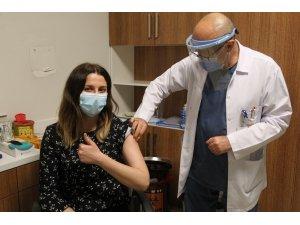 Medova Hastanesi aşı uygulamasına başladı