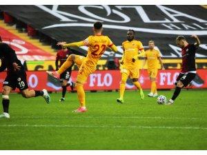 Süper Lig: Gaziantep FK: 1 - Kayserispor: 0 (İlk yarı)
