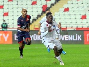Süper Lig: Antalyaspor 1 - Trabzonspor: 0  (İlk yarı)