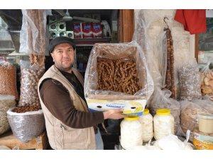 Mardin'in cevizli sucuk ve pestillerine talep arttı