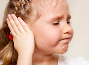 Çocuklara kepçe kulak ameliyatı