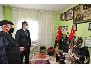 """Vali Yılmaz: """"Şehit ailelerine kapımız, gönlümüz daima açıktır"""""""