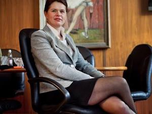 Slovenya Başbakanı  Alenka Bratusek istifa etti!