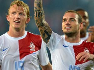 Hollanda'da Sneijder ve Kuyt kadroya alınmadı!
